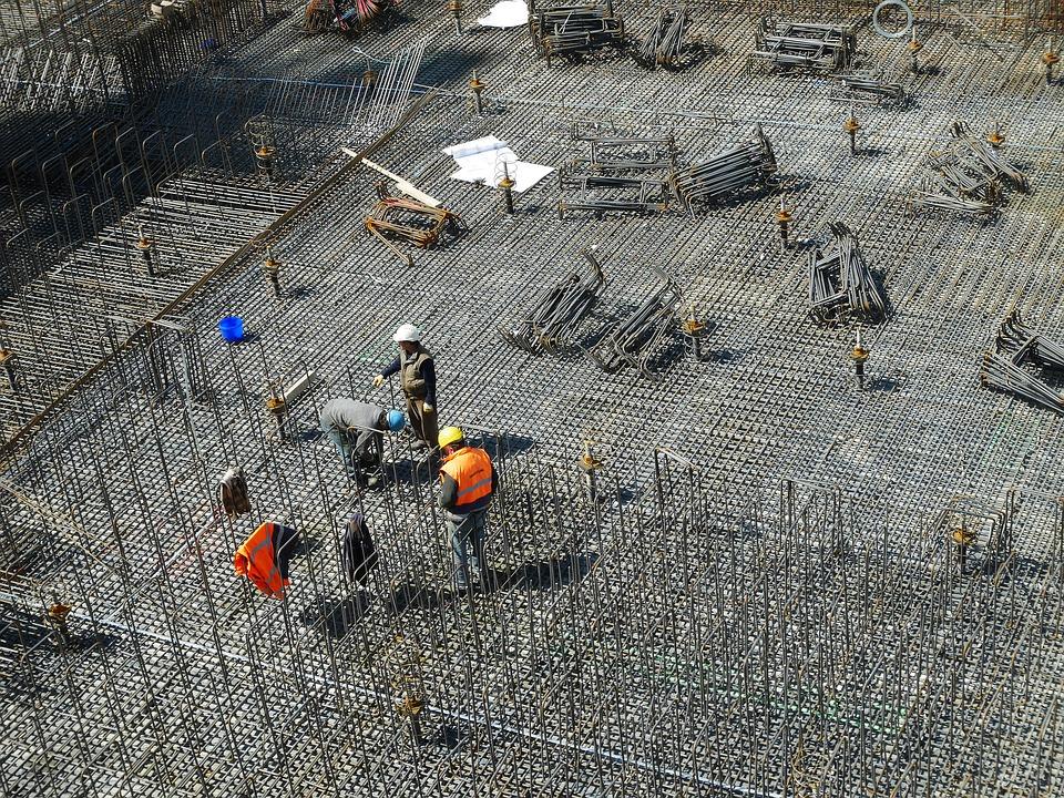 Il coordinatore della sicurezza è una figura indispensabile per il corretto svolgimento dei lavori nei cantieri.
