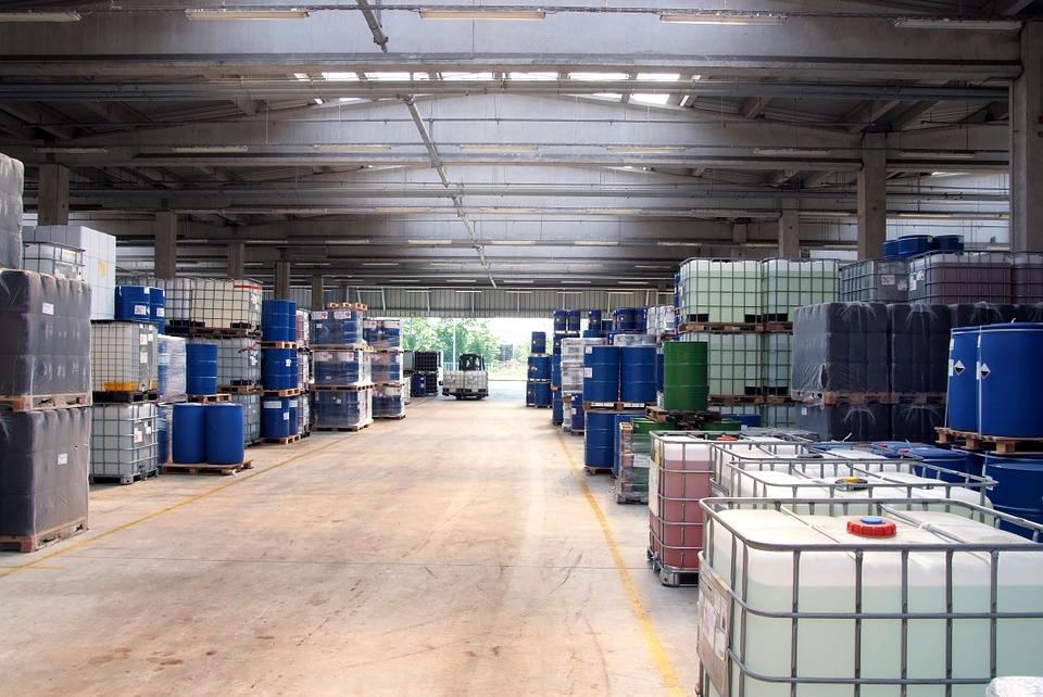 Il regolamento CE n. 1272/2008 CLP definisce le regole europee per la classificazione, etichettatura ed imballaggio dei prodotti chimici.