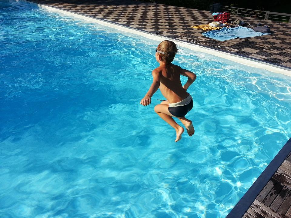 Le piscine: sicurezza e fattori di rischio